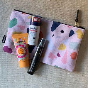 Cute Make Up Bag with Amika & more goodies! 💁♀️
